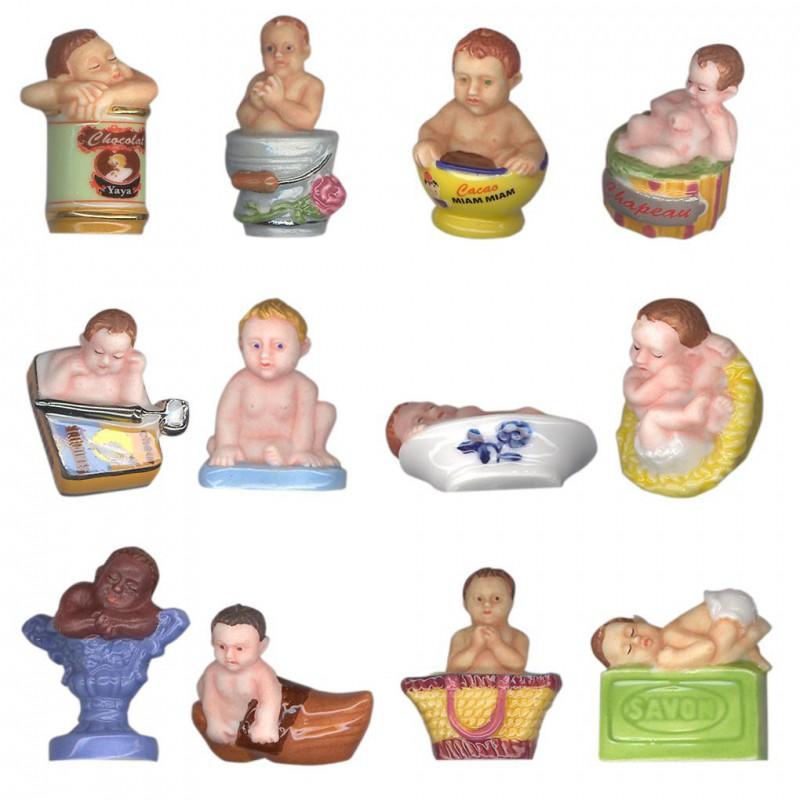 Joyeux babies - Série complète de 12 fèves or/platines/mates - Année 2009