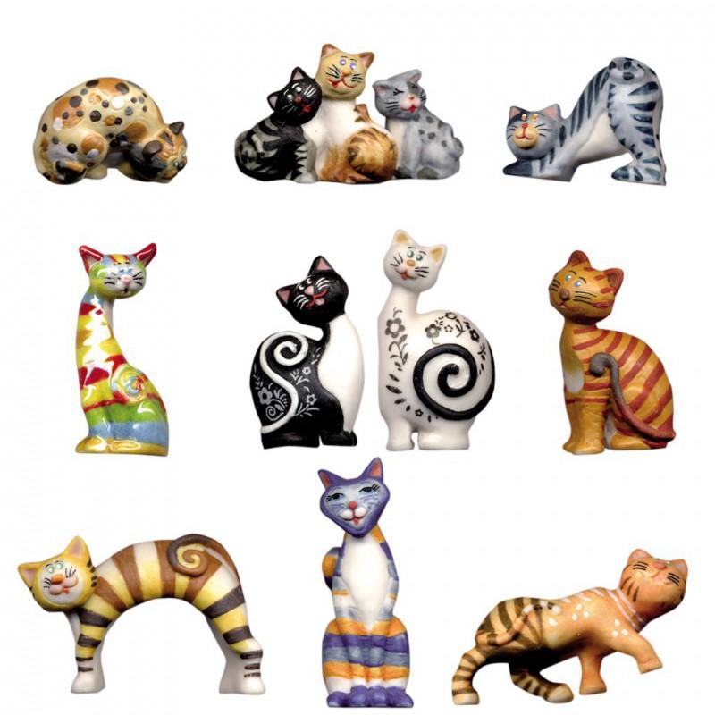 La famille chat - Série complète de 10 fèves brillantes - Année 2013