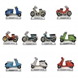 Mobylette et scooter Peugeot.